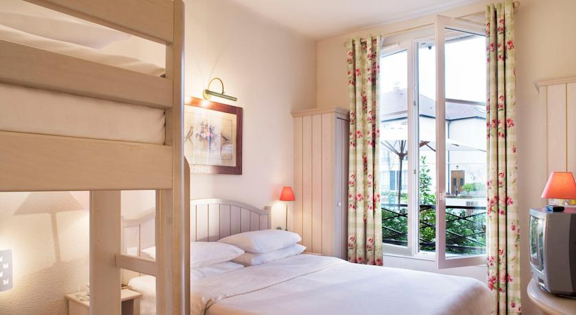 Camere Disneyland Hotel : Disneyland paris hotel dove dormire vicino ai parchi disney