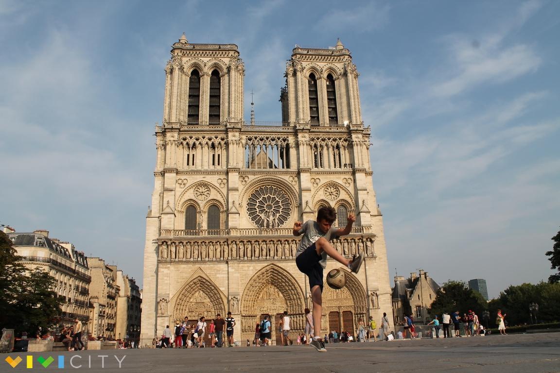 Notre dame de paris biglietti e orari vivi parigi for Architettura a parigi