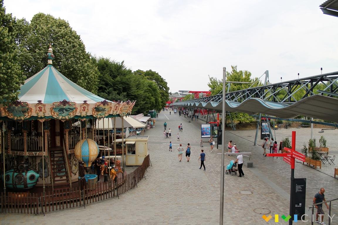 Parc de la villette vivi parigi for Piscine de villette de vienne