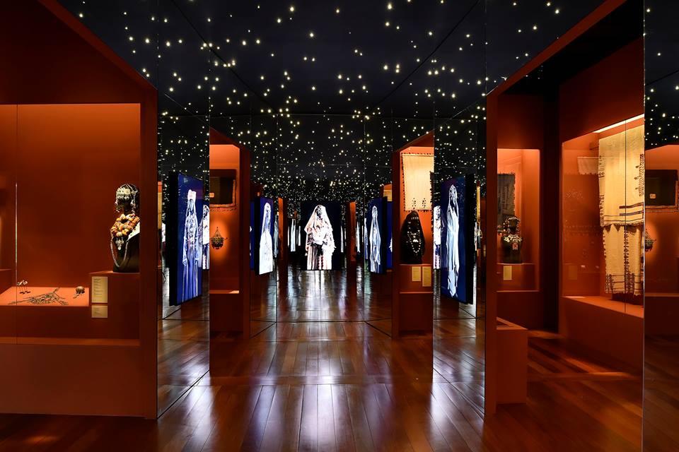 yves saint laurent paris il museo nella storica maison di. Black Bedroom Furniture Sets. Home Design Ideas